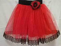 Детская юбка красная фатиновая с маком и ажурной тесьмой. Пошив в любом цвете и размере