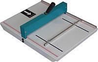 XDD-10, ручная биговка ударного типа, рабочая ширина 320 мм, плотность материала 300 г/м².