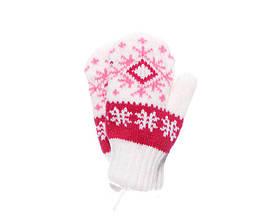 Детские теплые красивые вязанные варежки со снежинкой.