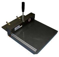 XDD-4, устройство для строчной перфорации ударного типа, рабочая ширина 332 мм, плотность материала 250 г/м².