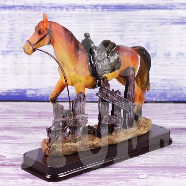 статуэтка конь рыжий