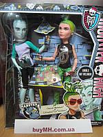 Набор кукол Monster High Mansters Gil Webber & Deuce Gorgon Dolls, 2-pack Гил Веббер и Дьюс Горгон