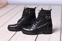 Ботики кожаные на каблуке