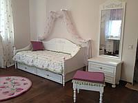 Кровать в детскую в стиле прованс