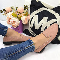 Женские туфли на низком ходу с шипами пудра 2633