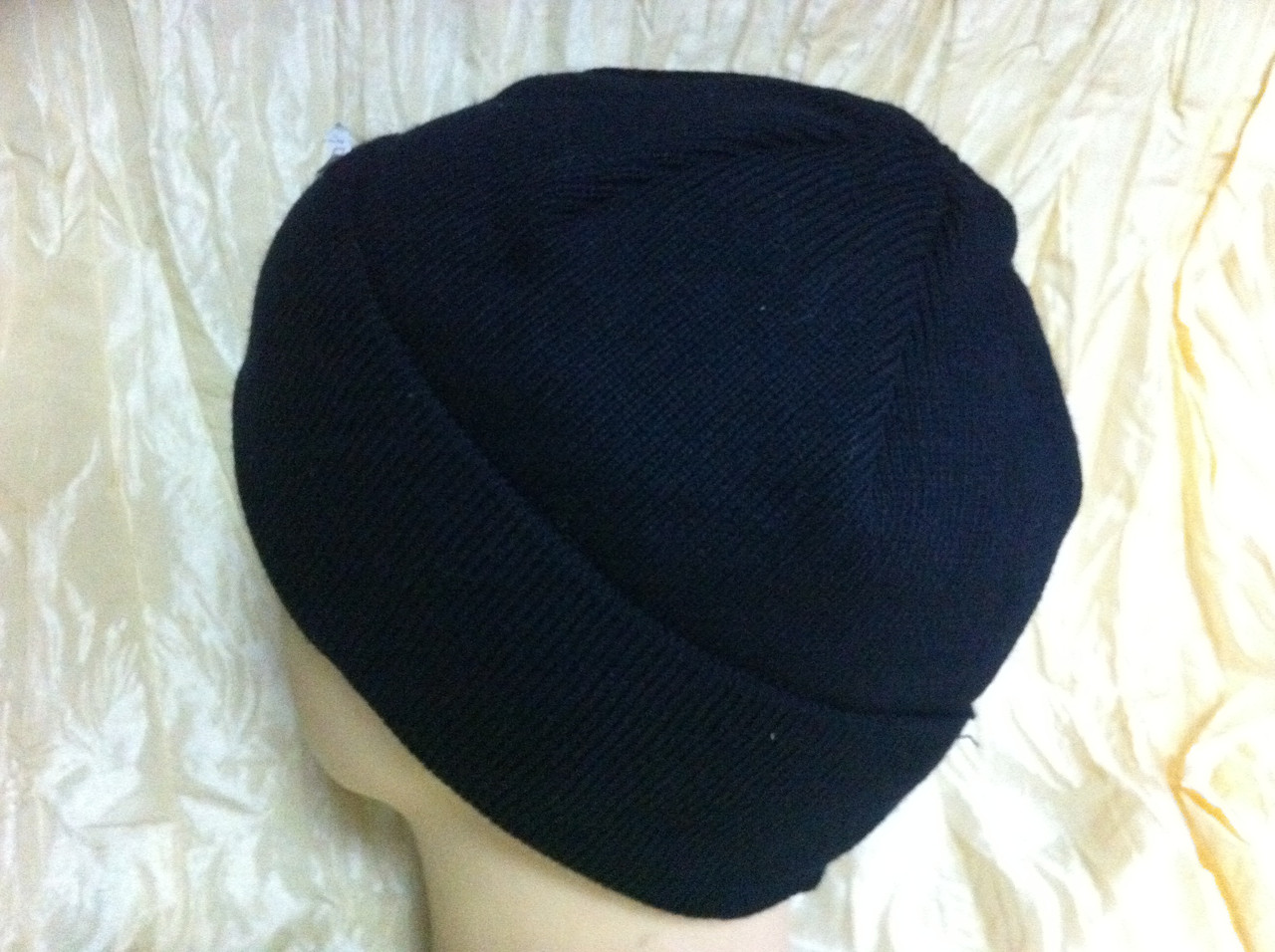 Вязанная мужская  шапка цвет темно синий