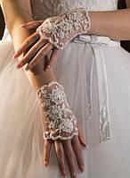 Свадебные перчатки 08, сетка, белые