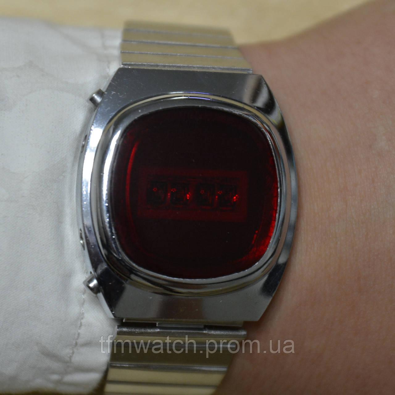 9429b061 Электроника наручные электронные часы СССР : продажа, цена в Москве ...