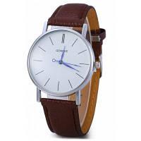 Geneva Кварцевые наручные часы унисекс с синими стрелками на циферблате и контрастным кожаным ремешком Кофейный