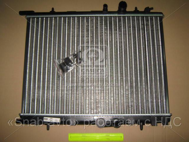 Радиатор охлаждения CITROEN BERLINGO, С4/PEUGEOT PARTNER, 206 (производство Nissens) (арт. 63502), AGHZX