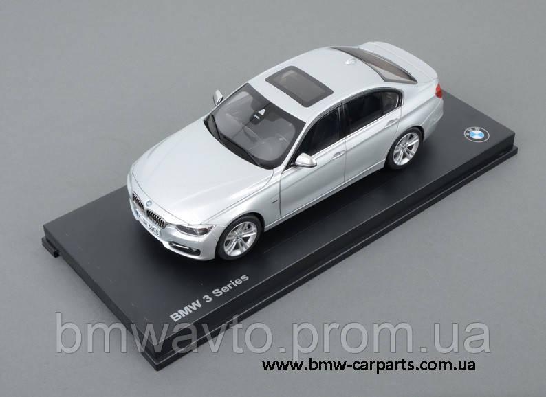 Модель автомобиля BMW 3 Series Saloon Glacier Silver, Scale 1:18