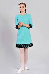 Подростковое платье с кружевом