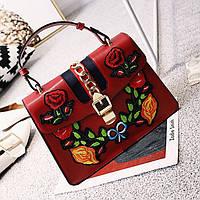 Модная женская сумка с вышивкой в стиле Gucci цвета марсала