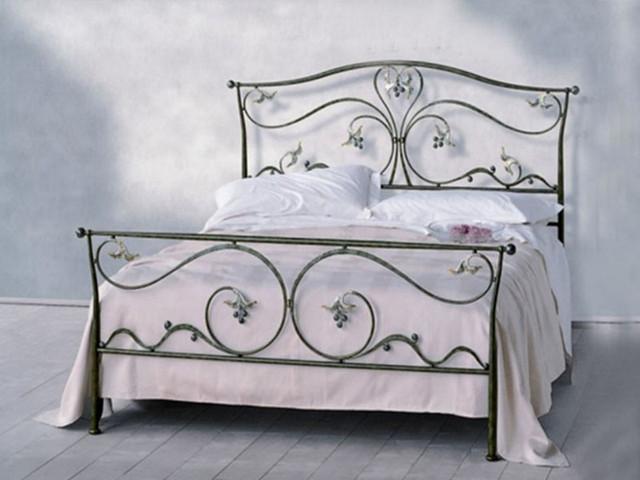 Как выбрать металлическую кровать
