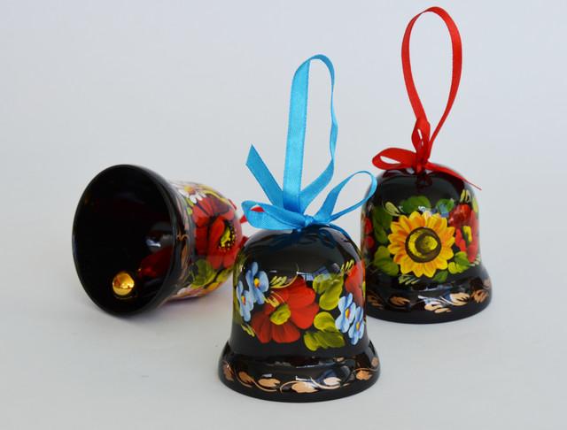 деревянные расписные колокольчики петрикоская роспись