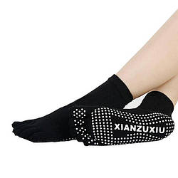 Черные носки для йоги и фитнеса