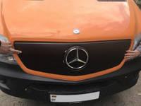 Решетка радиатора зимняя для Mercedes Sprinter '13- верхняя, глянцевая (Украина)