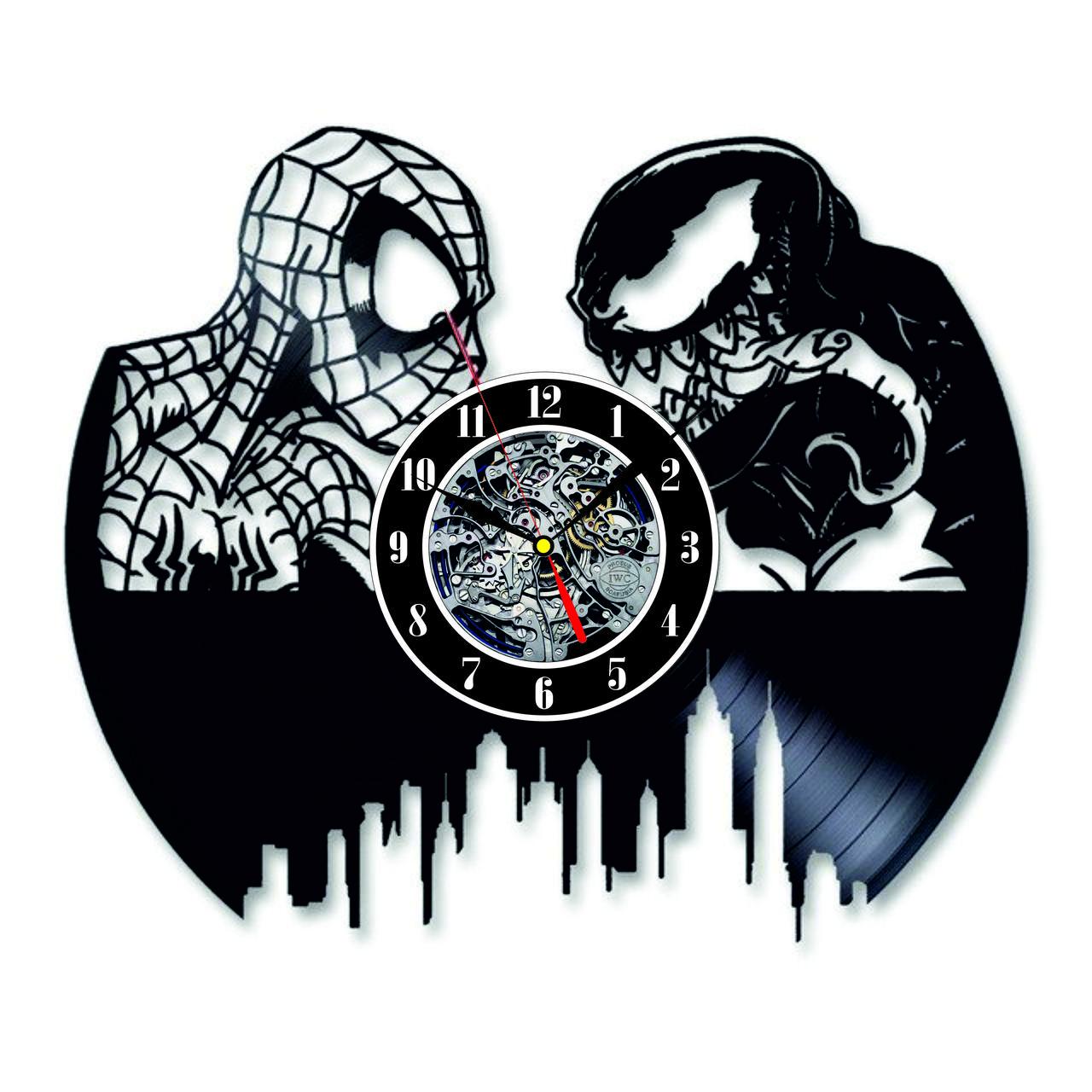 Настенные часы из виниловых пластинок LikeMark Spiderman vs Venom