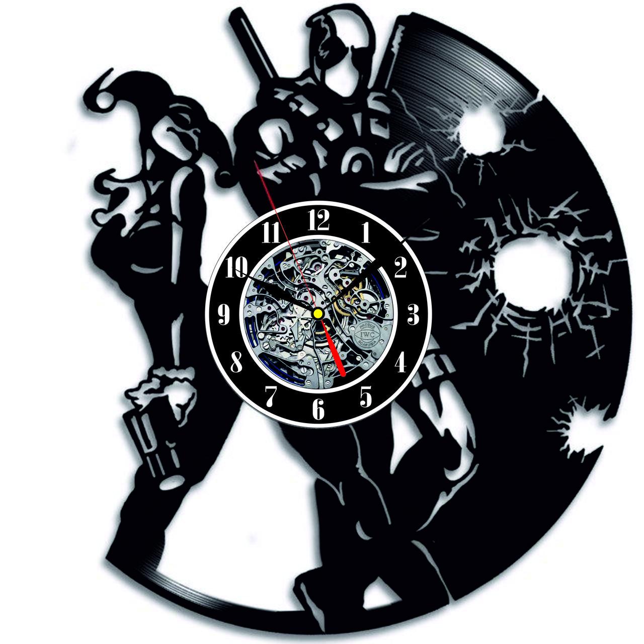 Настенные часы из виниловых пластинок LikeMark Deadpool