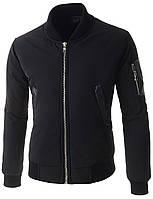 Мужская куртка бомбер с декорированный элементами черная