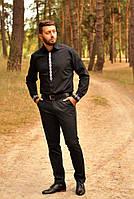 Классическая черная рубашка с вышивкой