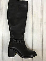 Женские кожаные сапоги на невысоком устойчивом каблуке. Возможен отшив в других цветах