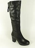 Осенние кожаные сапоги черные