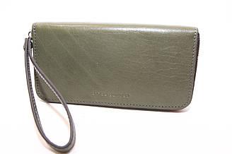 Зеленый кошелек на молнии из натуральной кожи Grande Pelle (10720)