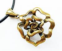 """Амулет """"Троянда Кохання"""" - сила Краси, розміри - 3,5х2,5х0,5 см., В комплекті шнурок 45 см, бронза"""