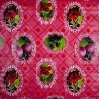 "Клеенка ПВХ в рулоне Stenson ""Berry"" MA1561, на нетканной основе 1,37*25м, клеенка для кухонного стола"