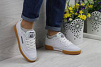 Подростковые,женские кроссовки Reebok Workout белые