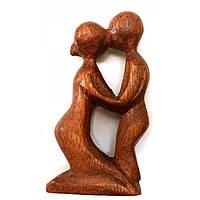 Декоративная фигурка из дерева Влюбленные