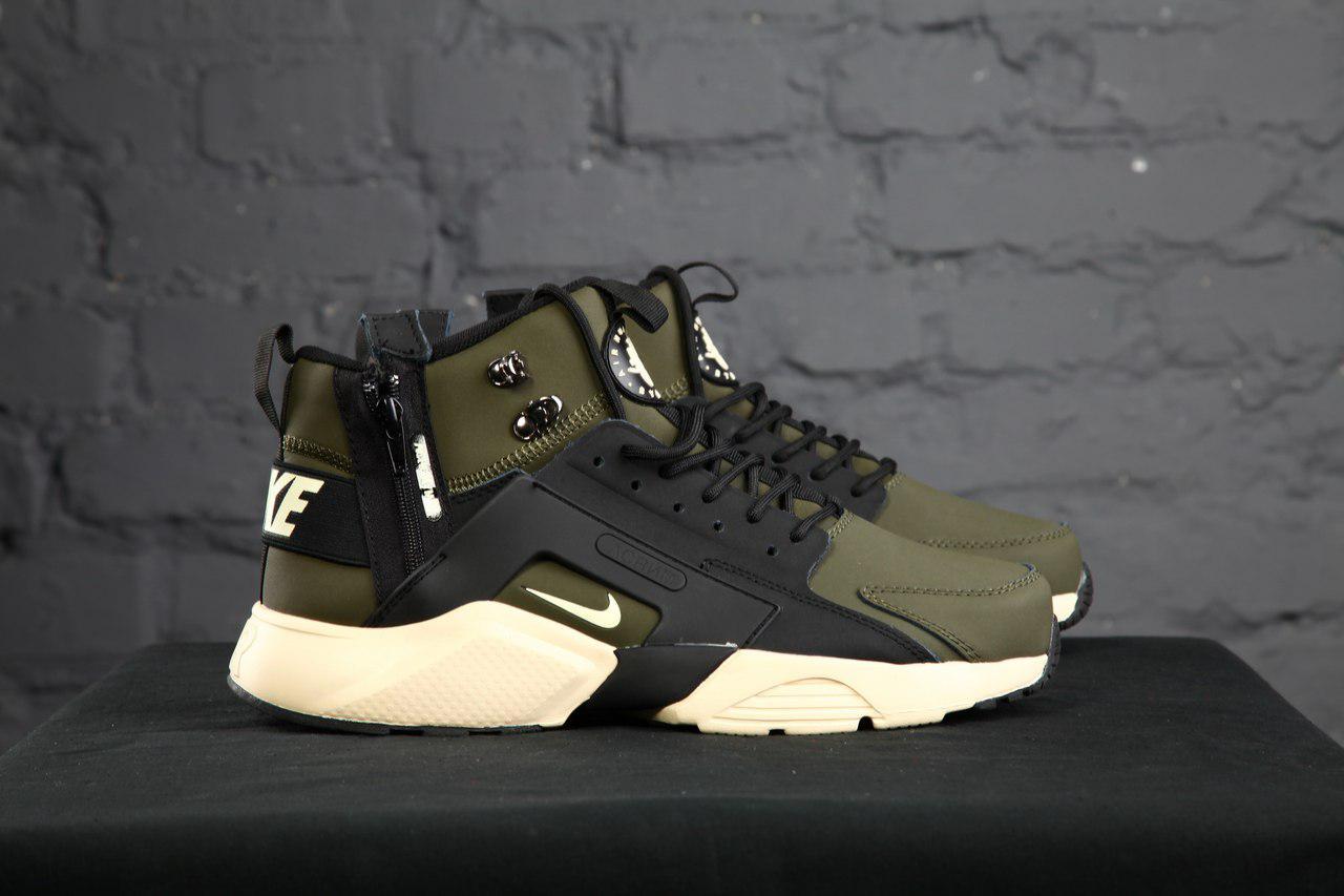 Мужские кроссовки Nike Huarache Winter черно-зеленые топ реплика