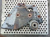 Задний правый кронштейн передней рессоры MAN Comandor (F2000) 81413013248