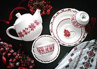 Набор фарфоровой посуды в украинском стиле с этно вышивкой