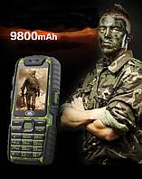 Противоударный мобильный телефон Land Rover A6 Extra   2 сим,2,4 дюйма,2 Мп,9800 мА/ч.
