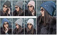Женская вязаная шапка с декоративной булавкой ., фото 1