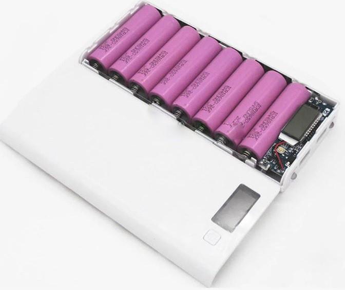 Повербанк (Power Bank) пластиковый с дисплеем (без аккумуляторов 18650 х 8 шт) Белый