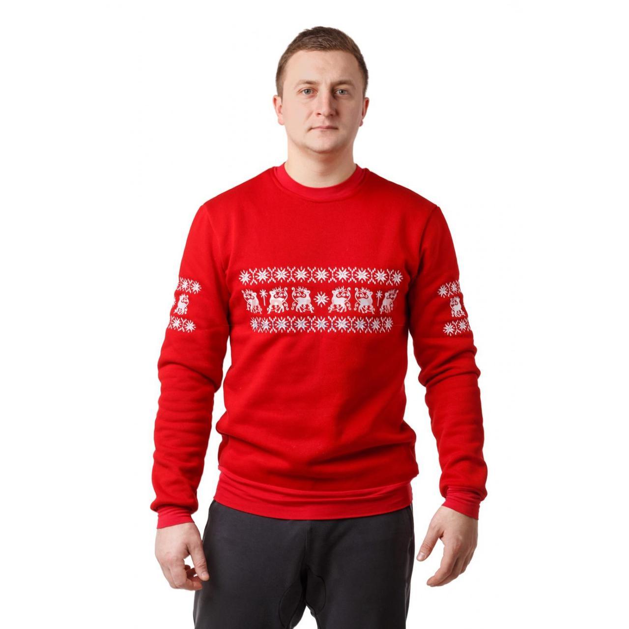 Красный вышитый мужской свитшот с оленями