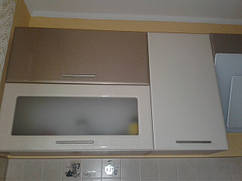 кухня Хайтек фасад белый перламутр / медовый перламутр