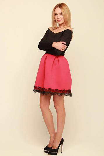 Нарядное платье с открытыми плечами Мерло коралл  продажа, цена в ... 48bc6934495