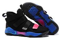 Кроссовки баскетбольные Nike LeBron Soldier 11