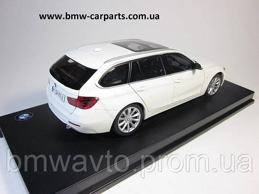 Модель автомобіля BMW 3 Series Touring (F31), Miniature White, Scale 1:18, фото 2