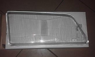 Скло фари  праве Peugeot 405