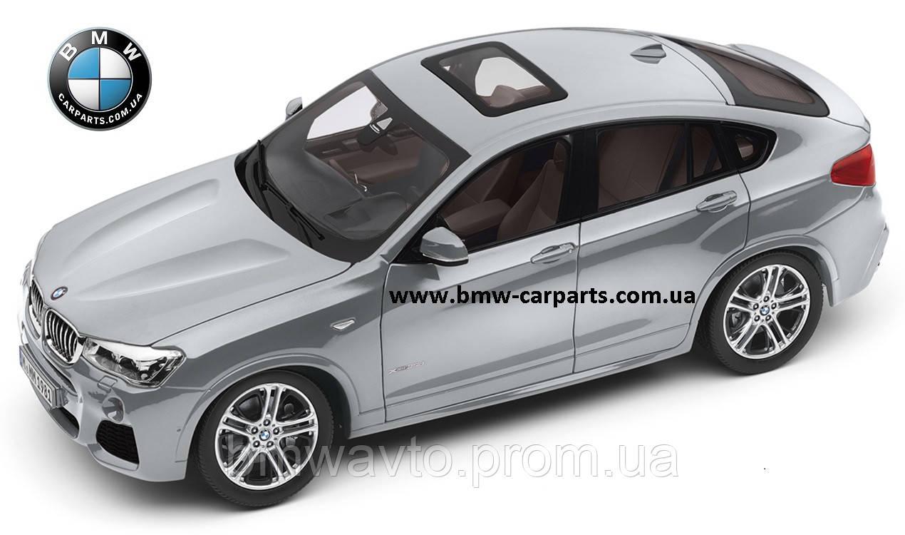 Модель автомобиля BMW X4 (F26), Glacier Silver, Scale 1:18, фото 2