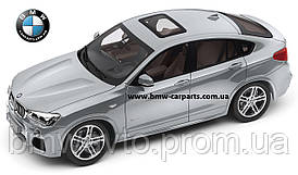 Модель автомобиля BMW X4 (F26), Glacier Silver, Scale 1:18