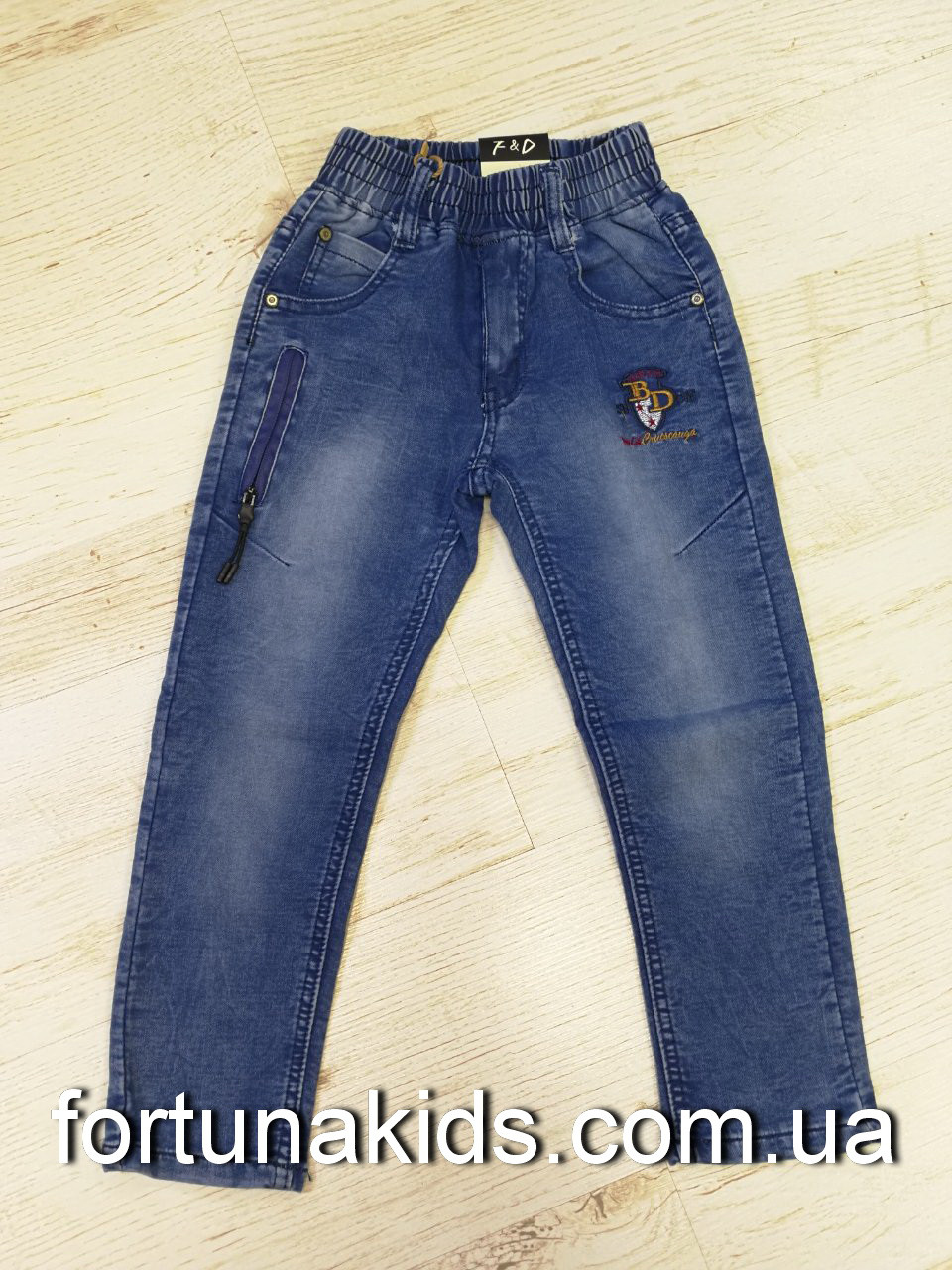 Джинсовые брюки для мальчиков F&D 104-134 р.р.