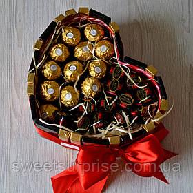 """Серце з шоколаду і цукерок """"Для коханої"""""""