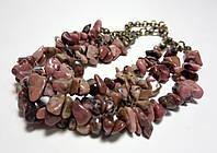 Браслет Родонит тройной, натуральный камень, цвет буро-красный и его оттенки
