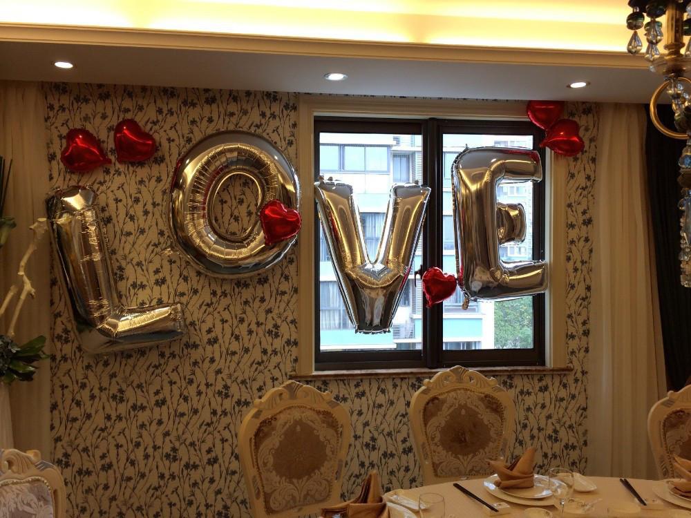 Набор из фольгированных букв LOVE , Серебро, 100 см